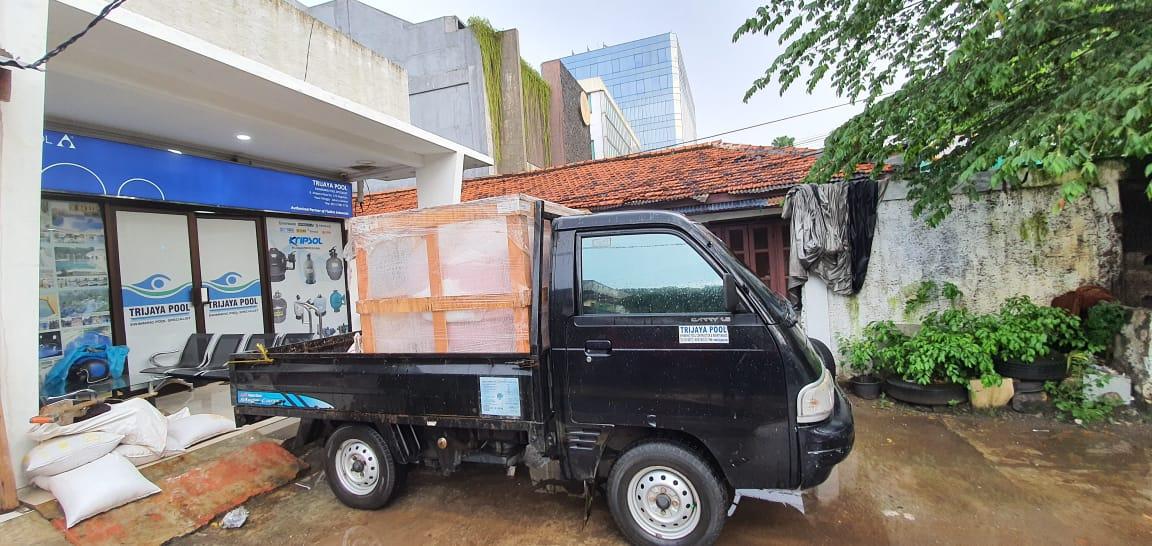 pompa kolam renang klien yang siap diantar oleh trijaya pompa
